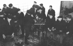 Лабораторно-практические занятия в Устьваеньгском ПТУ-14